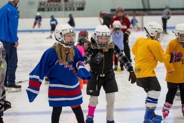 GirlsTryHockeyForFreeAHA.jpg